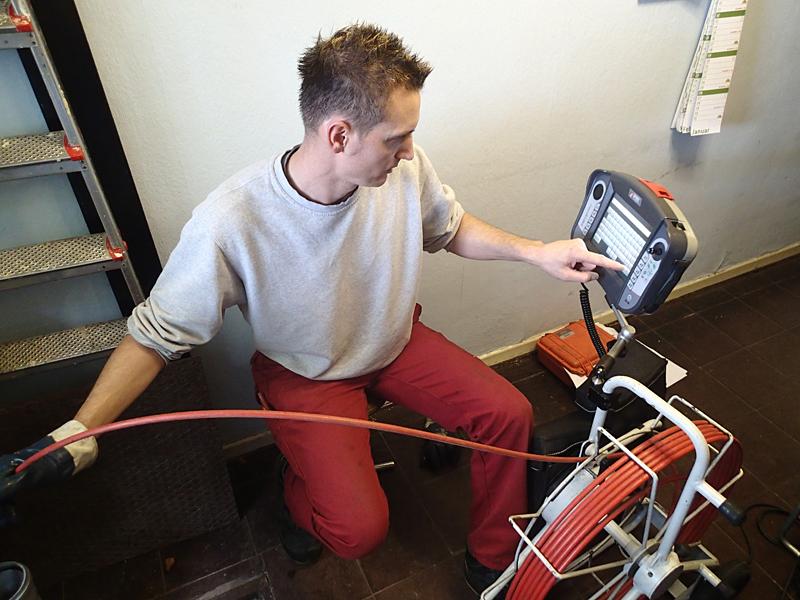 Unser professioneller Rohrreinigungsteam in Abwassertechnik und Kanalreinigung